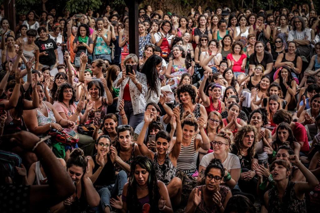אסיפת נשות Ni Una Mas בבואנוס איירס, פברואר 2018