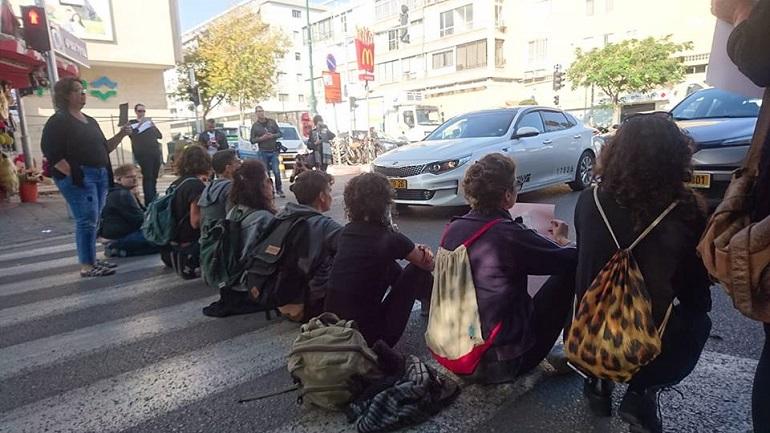 נשים חוסמות כביש, 4.12.2018. צילום: מריאלה יאבו, פוליטיקלי קוראת